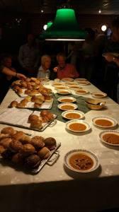 Soep en broodje buffet